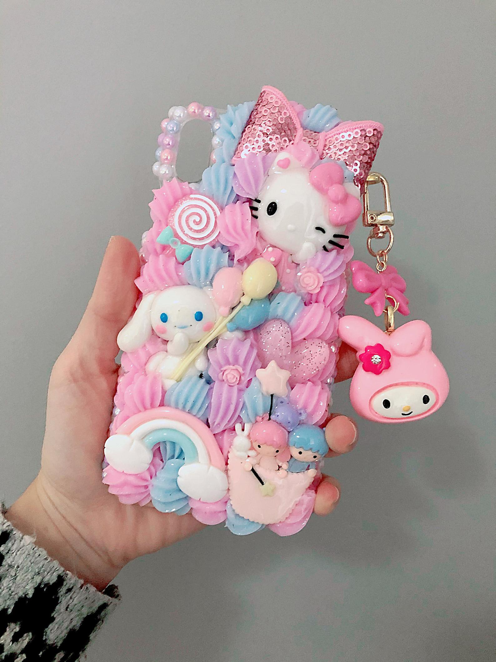 Hello kitty Decoden Phone case